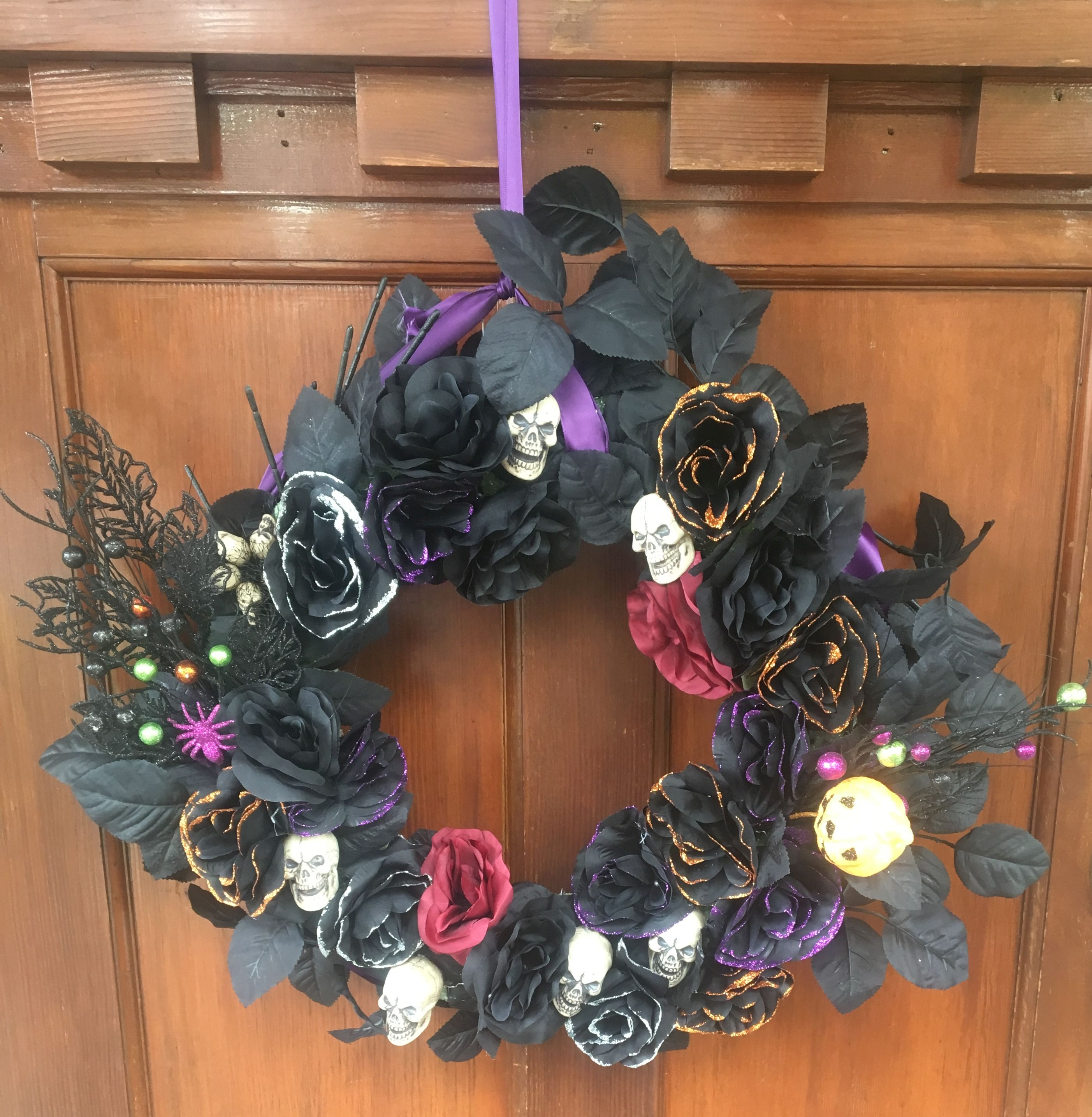 DIY Pretty and Spooky Halloween Wreath
