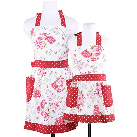 mommy and me aprons